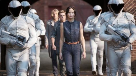 ht_hunger_games_catching_fire_ll_131121_16x9_608