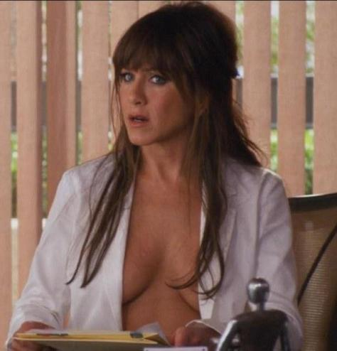 horrible-bosses-jennifer-aniston-13344-0