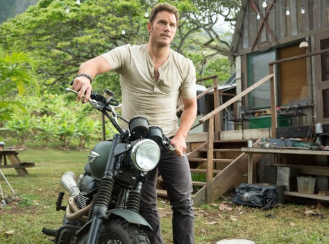rs_1024x759-140613064427-1024.Chris-Pratt-Jurassic-World-JR-61314